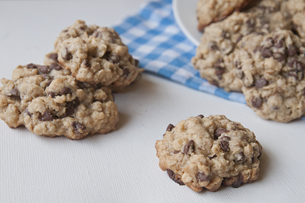 Brown Butter Oatmeal Chocolate Chip Cookies - Seasoned Sprinkles ...