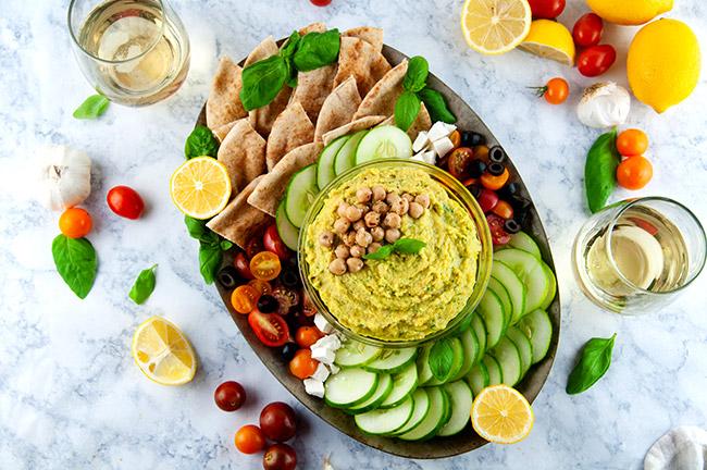 Lemon Pesto Hummus with veggies
