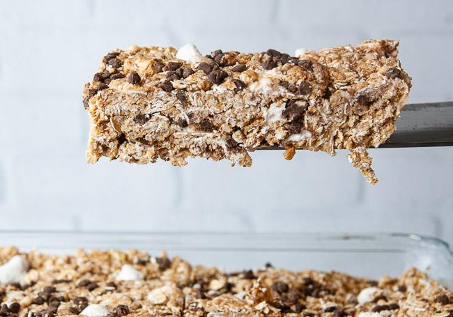 No bake s'mores granola bars make a delicious kid friendly snack.