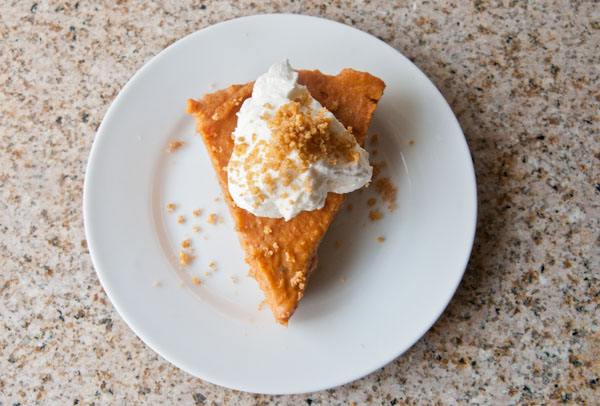 Easy Frozen Pumpkin Mousse Pie - Seasoned Sprinkles ...