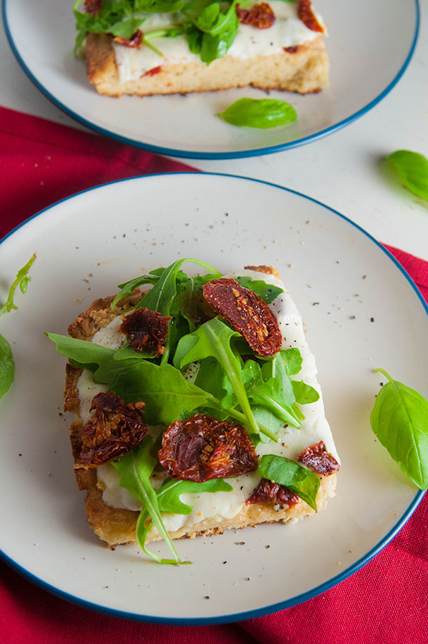 Gluten Free White Pizza with Arugula and Sundried Tomatoes