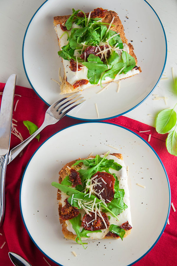 Gluten Free White Pizza with Arugula and Sun Dried Tomatoes