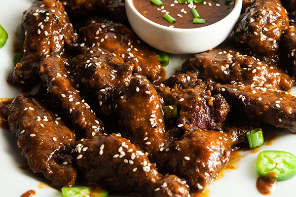 Easy Crockpot Asian Barbecue Wings