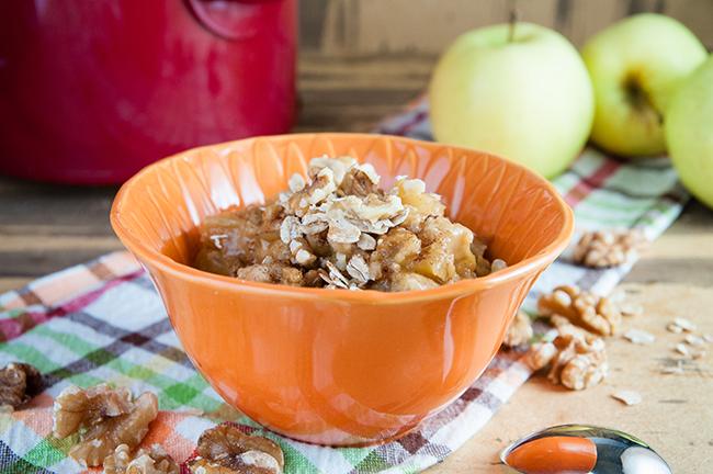 Crock Pot Apple Pie Oatmeal - Seasoned Sprinkles Seasoned Sprinkles
