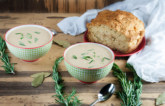 Easy Tuscan White Bean Soup