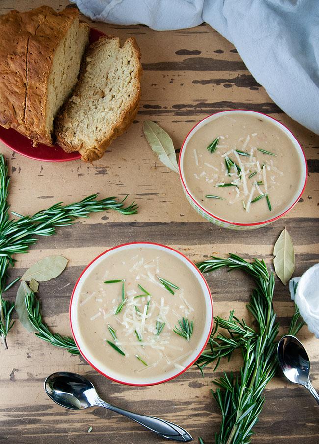 Easy Tuscan White Bean Soup