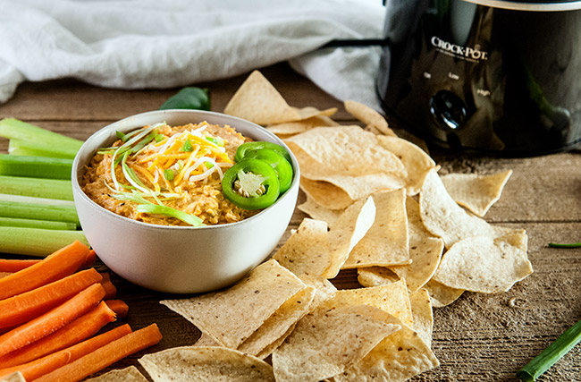 Crockpot Cheesy Buffalo Chicken Dip