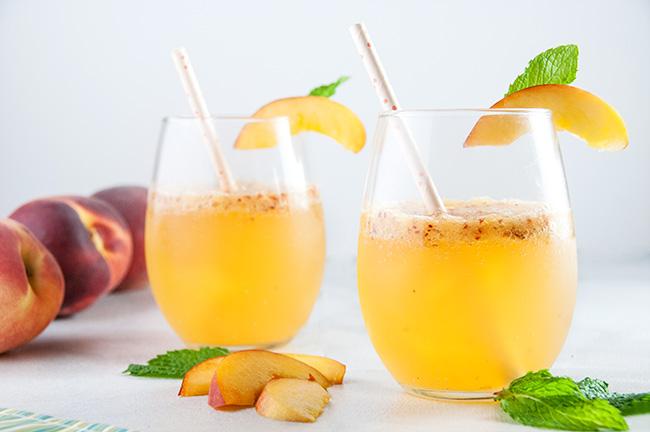 Peach Wine Spritzers