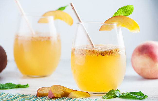 Sparkling Peach Wine Spritzers-7