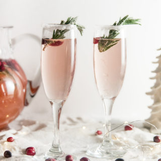 Christmas Cranberry Champagne Cocktails