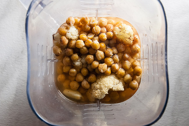 Roasted Cauliflower and Chickpeas