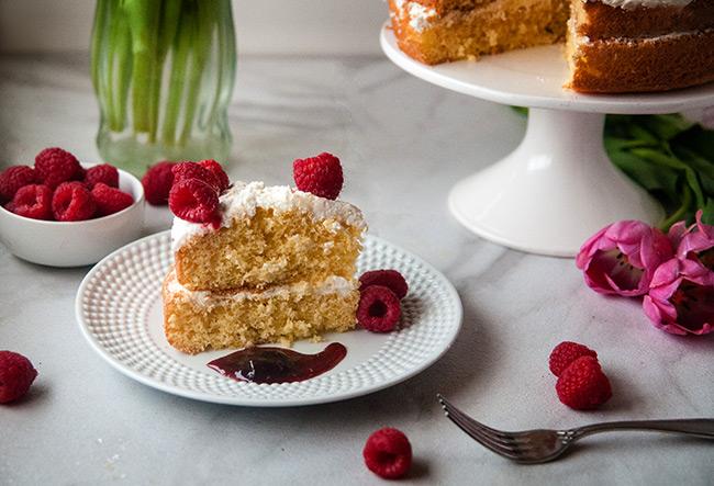 The ultimate cake mix hacks: honey vanilla cake with honey buttercream