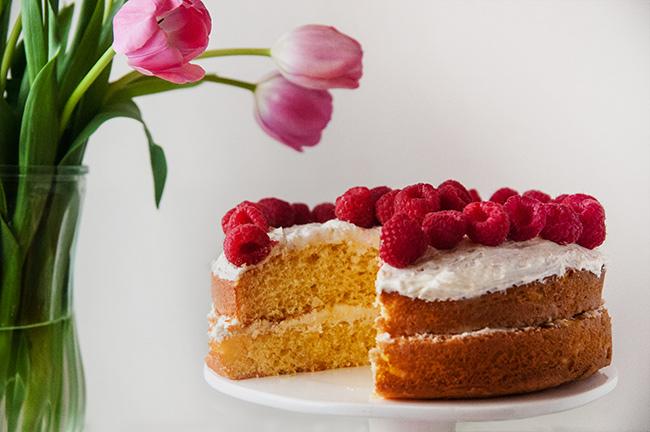 cake mix hacks: honey vanilla cake with honey buttercream