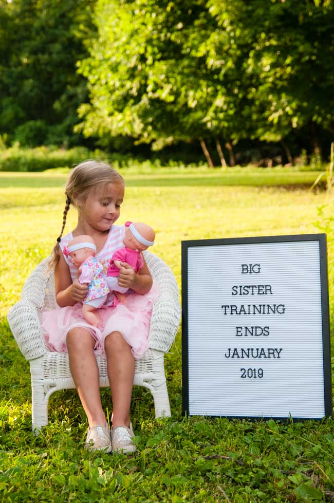 Twin pregnancy announcement