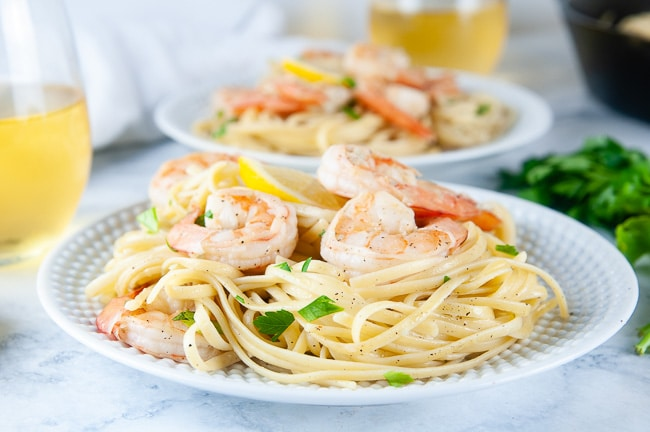 A yummy fancy dinner at home- easy shrimp scampi