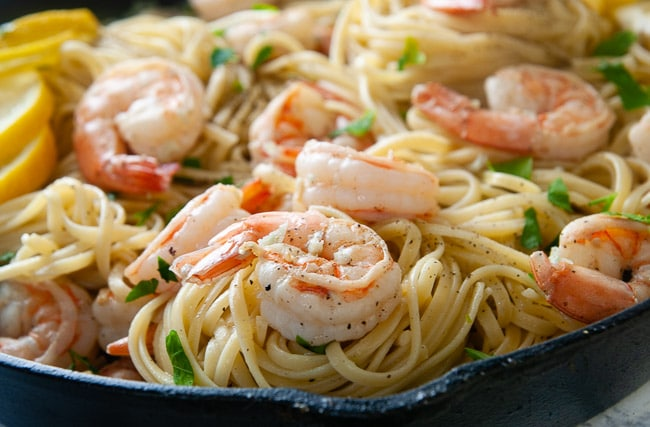 The perfect date night dinner- easy shrimp scampi