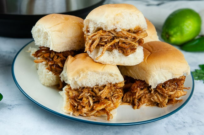 Instant Pot Barbecue Chicken Sandwiches