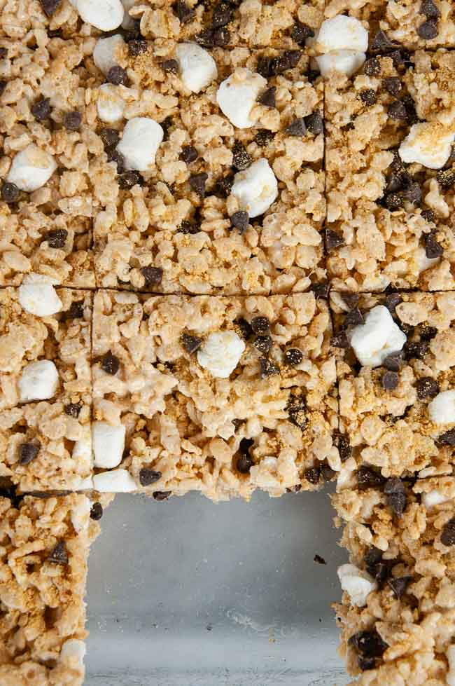 Cut the s'mores rice krispie treats into squares.